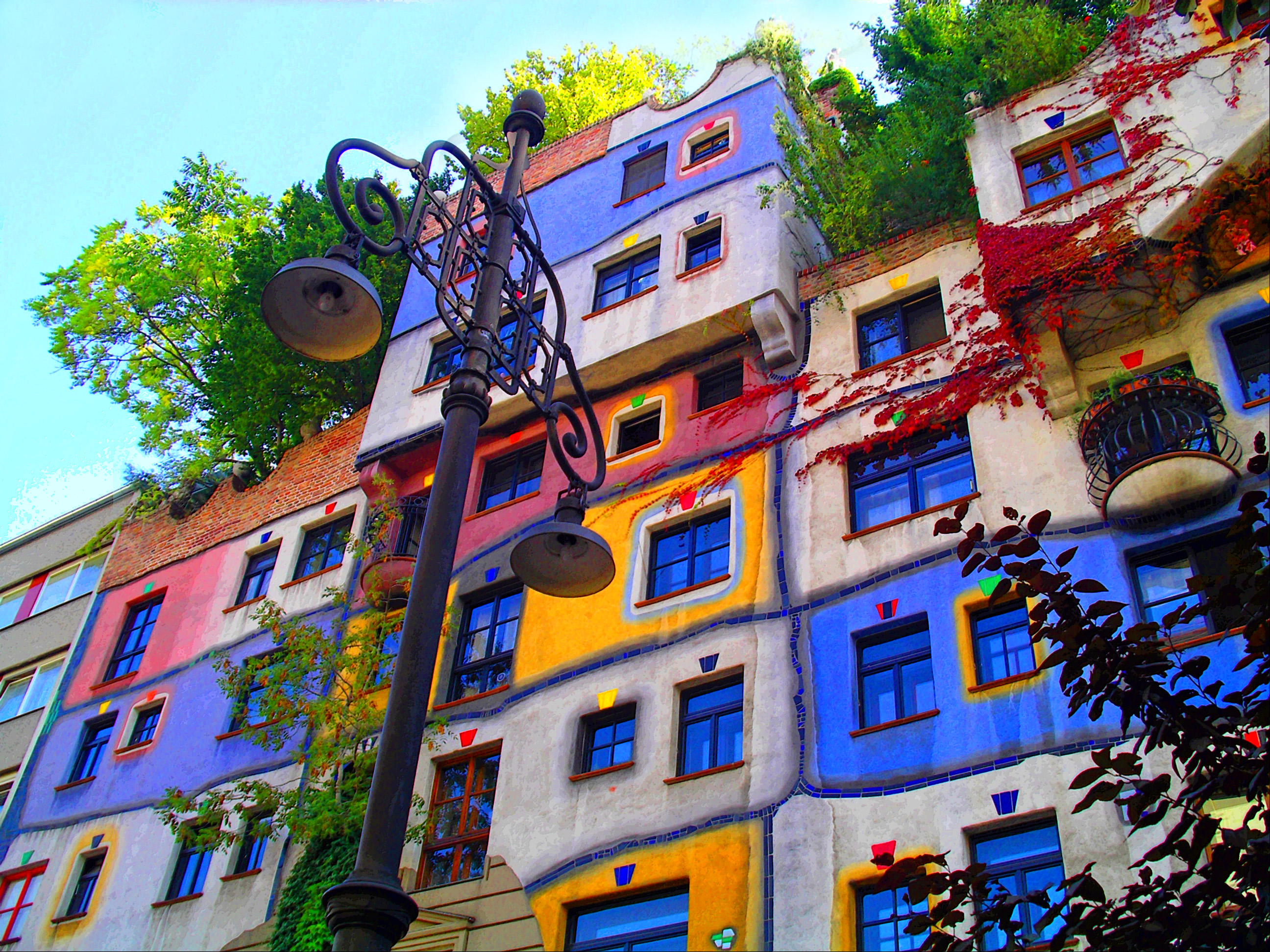 wien hundertwasser haus colors. Black Bedroom Furniture Sets. Home Design Ideas